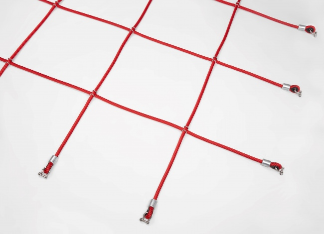 Custom-Made Climbing Net with Stainless Steel Clamps | Safetynet365