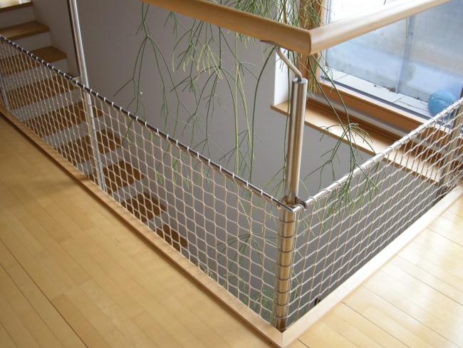 treppenhaus sicherungsnetz per m nach ma schutznetze24. Black Bedroom Furniture Sets. Home Design Ideas